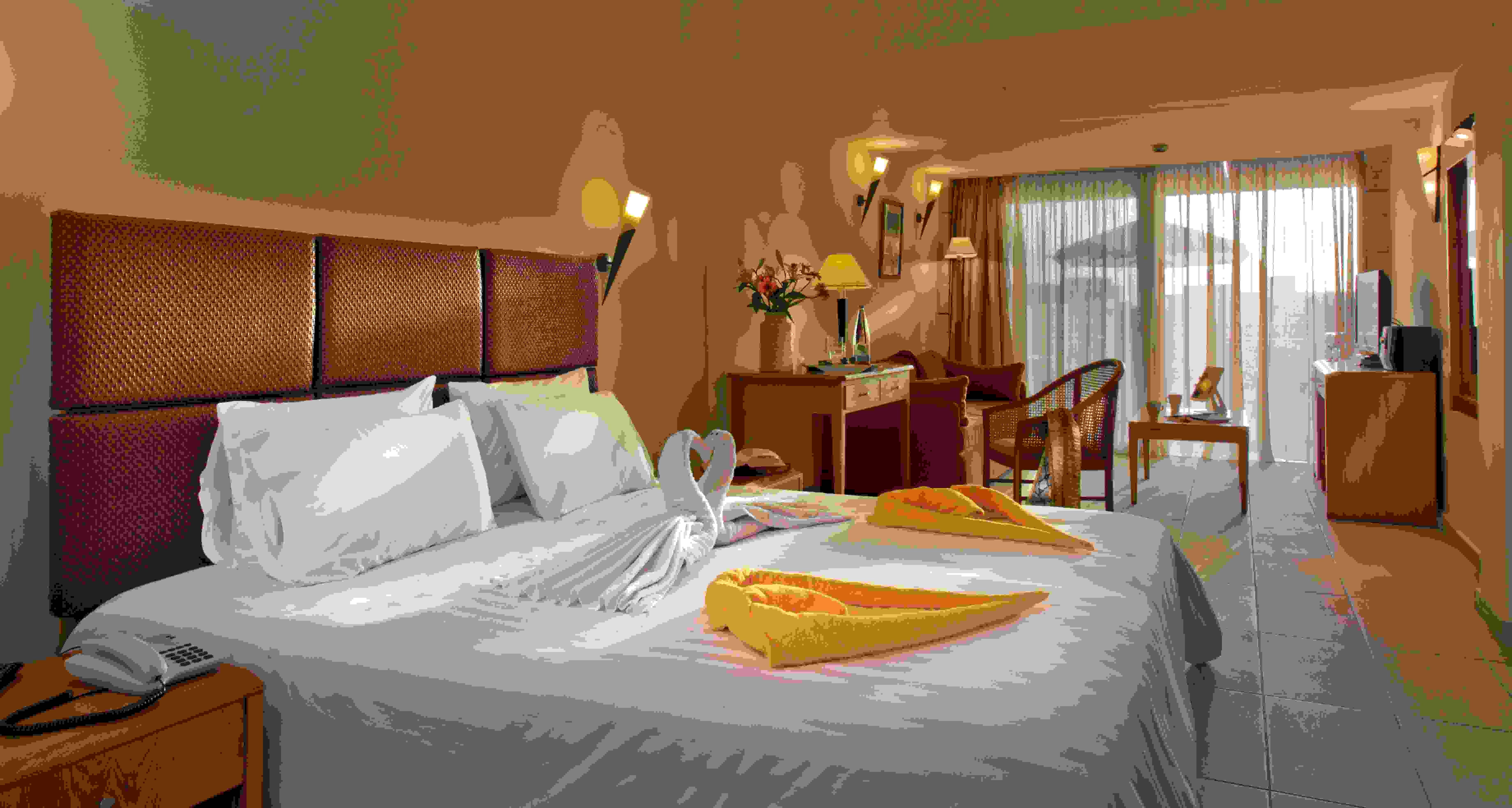Minos Hotel Deluxe Room